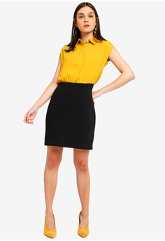 6fc2fe81ebb 30% OFF ZALORA Shirt Dress With Bodycon Skirt RM 95.00 NOW RM 66.90 Sizes  XS S M L XL
