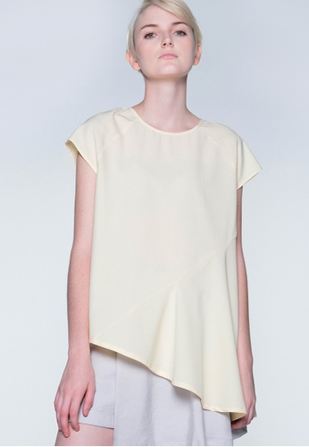 SALIENT LABEL yellow Horus Raglan Sleeve Cut Asymmetric Top - Royal Cream 4C5C6AA0F72644GS_1