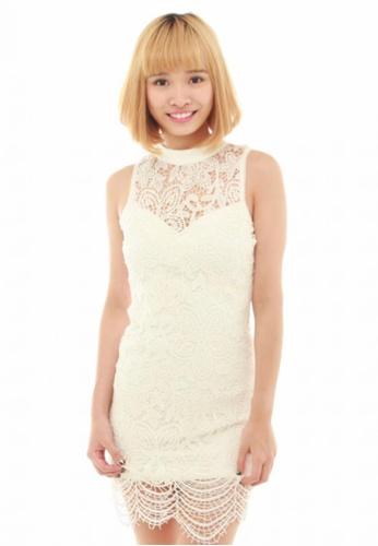LUXORA white Floral Lace White Dress LU926AA19QUQSG_1