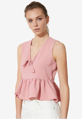 Trendyol pink Bow Detail V Neck Top CA894AA9D3C09AGS_1