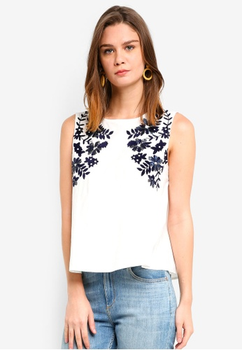 Haute Kelly white Dae Embellished Top 1176CAA2359429GS_1
