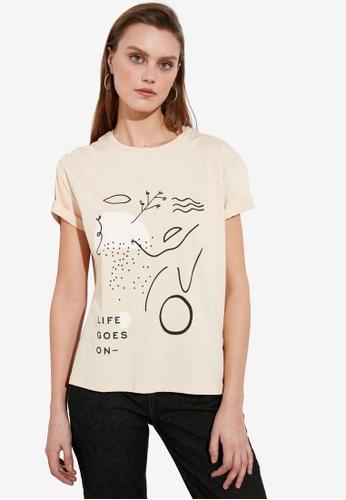 Trendyol beige Printed Semi Fitted T-Shirt FFEA3AA695EAF9GS_1