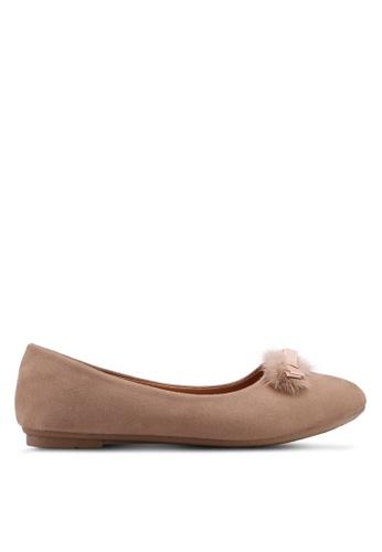 Noveni brown Round Toe Flats With Fur 6ED94SHCF30115GS_1