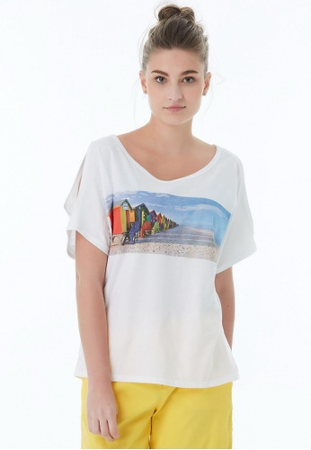 United Colors of Benetton white Printed T-shirt A53E4AAE3E78BEGS_1