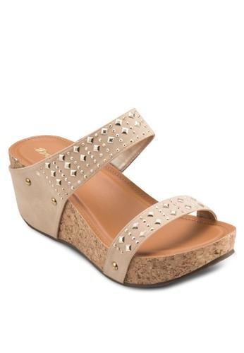 鉚釘寬帶木製楔形鞋, 女鞋,zalora 泳衣 楔形涼鞋
