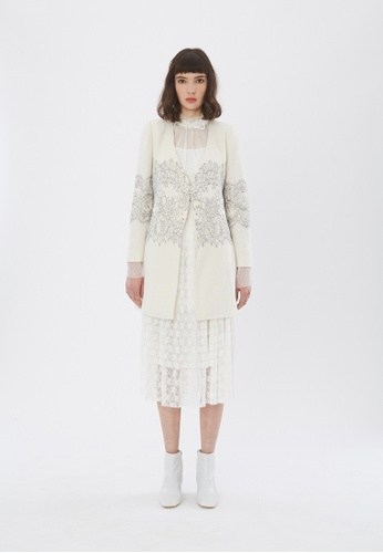 Flawless Flashbacks. Cream Lace-Trimmed Coat DB321AA9A2D2B9GS_1