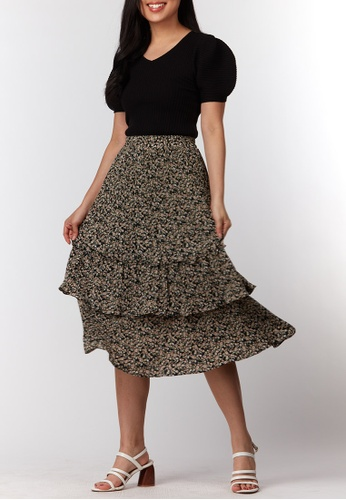 What To Wear black Tiered Pleated Prints Skirt in Black D34EBAA216D892GS_1