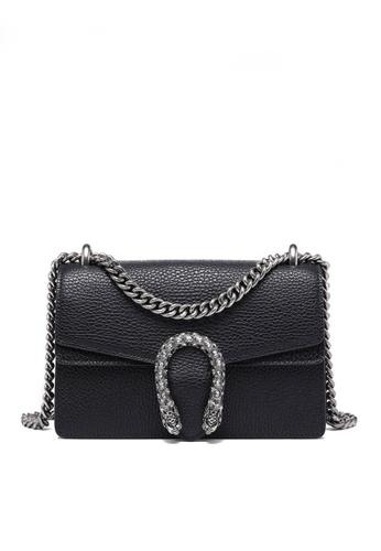 Twenty Eight Shoes black VANSA Fashionable Lock Chain Crossbody Bag VBW-Cb80328 B6664AC4D8B747GS_1