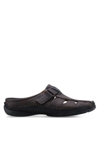 Louis Cuppers brown Casual Sandals BE328SH8C9BBE9GS_1