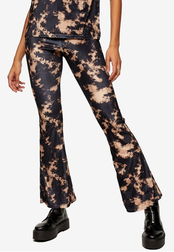 TOPSHOP black Black Velvet Tie Dye Flare Trousers BA7B7AA20F662BGS_1