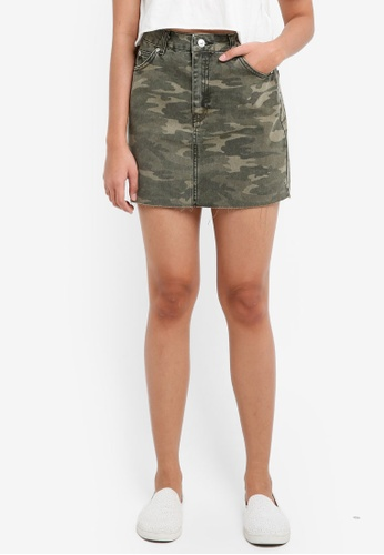 TOPSHOP green Moto Camouflage Denim Skirt 688BEAA45DE864GS_1