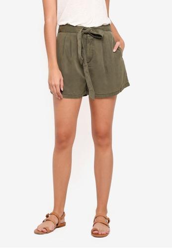 Vero Moda green Mia Loose Shorts A7081AAC5FE6F3GS_1