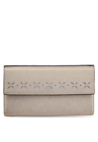 ZALORA brown Long Wallet With Lasercut Front Flap 8AE81ZZ5DB00FFGS_1